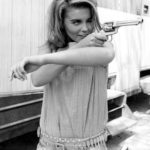Girls With Guns (11)