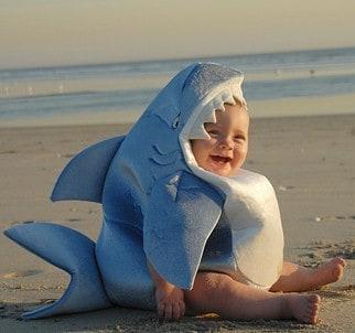 Neulich am Strand, hab ich den weissen Hai gesehen ... Zombie Shark Tattoo