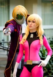 Kei Yuki und Count Mecha Cosplay