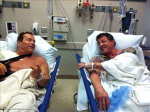 Schwarzenegger und Stallone krankenhausreif