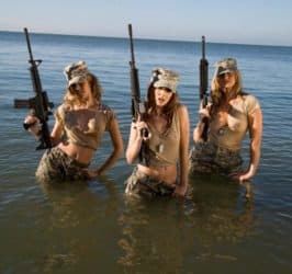 Girls With Guns (55)