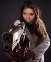 Girls With Guns (70)