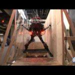 Robô tratado sozinho pista de obstáculos