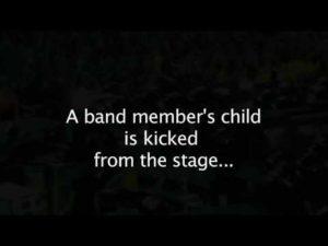 Kirk Hammet tritt ein Kind
