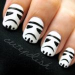 Nails Stormtrooper (exploit. Darth Vader)