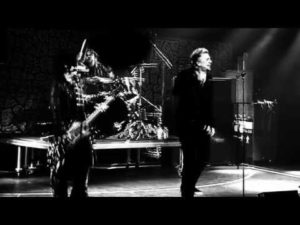DBD: Are You With Me Now – Sixx: A.M.