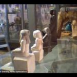 Ancient Egyptian statue moves as if by magic