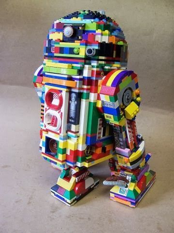 Randomized Lego R2D2