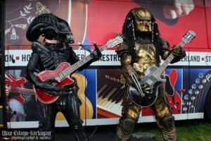Alien and Predator: Let's Rock!