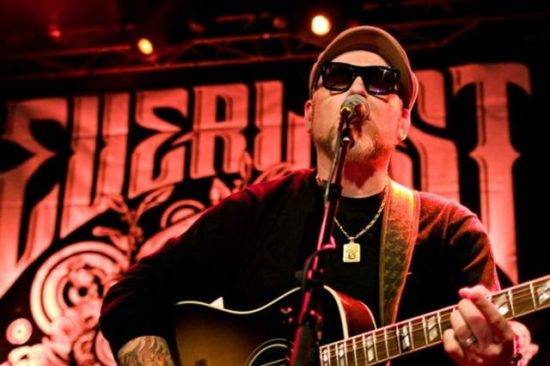 Acoustic Evening With Everlast