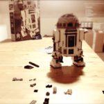 Lego time-lapse video: Hvordan man opbygger en R2-D2