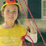 Mädchenspielzeug innovativ genutzt: Rube Goldberg Princess Machine