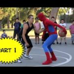 Spiderman joga o basquetebol