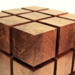 Table flottante cubes en bois