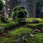 Draven's grave stone