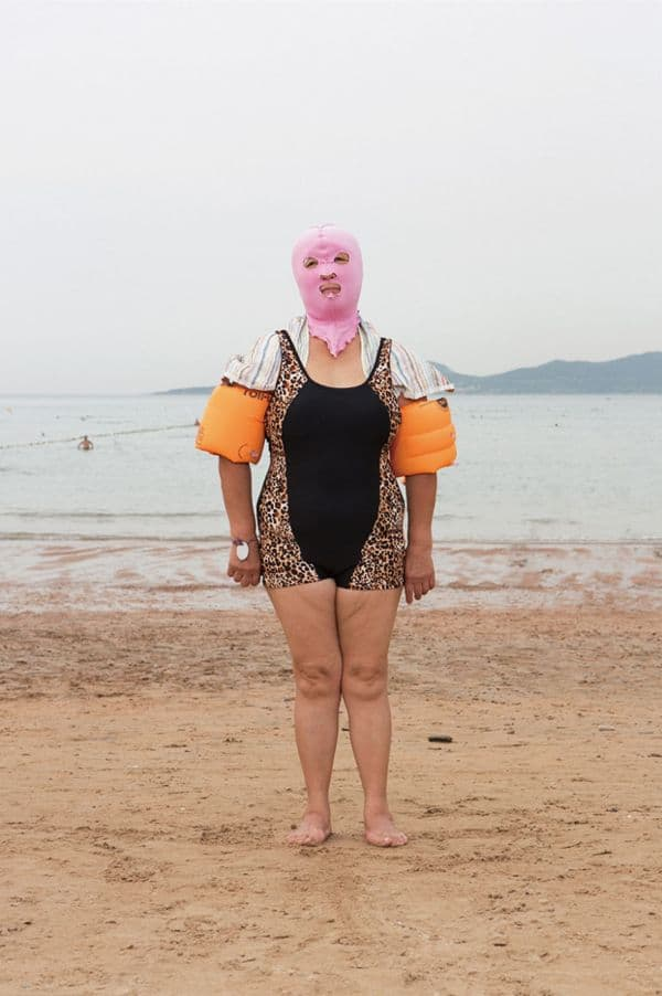 chinesische facekini strandmode fotografie dravens tales from the crypt. Black Bedroom Furniture Sets. Home Design Ideas