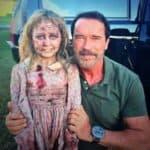 Maggie – Arnold Schwarzenegger zabija zombie