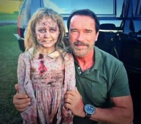 maggieMaggie - Arnold Schwarzenegger schlachtet Zombies ab