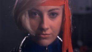 Dazzler 80er Jahre Musikvideo mit Rollerskates und Lasern