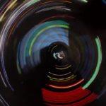 Sketch Three: Avant-Garde – GoPro am Rad eines Autos