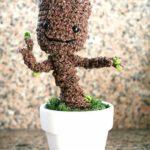 Wie man sich einen eigenen Baby Groot häkelt