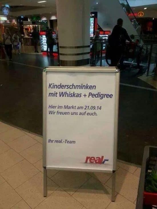 Kinderschminken im Einkaufszentrum