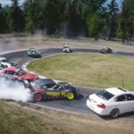 Zwölf Autos Tandem-Drift – Twelve Car Tandem Drift