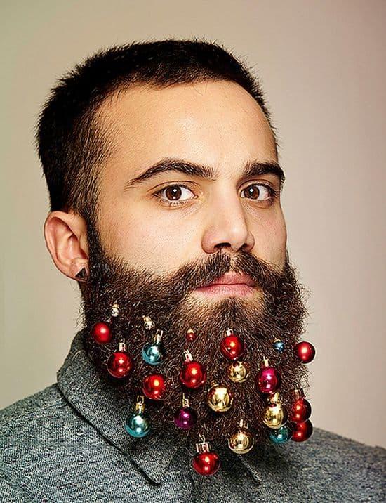 beard baubles wie man einen bart weihnachtlich schm ckt. Black Bedroom Furniture Sets. Home Design Ideas