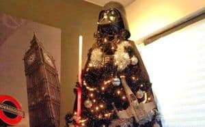 """Ein Weihnachtsbaum von der """"dunklen Seite"""""""