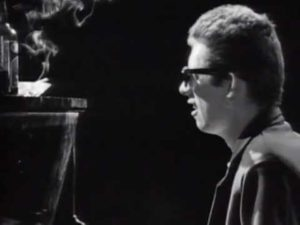 DHF: Fairytale Of New York - The Pogues Feat. Kirsty MacColl