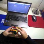 POV: Rubik's Cube in 4,21 Sekunden gelöst