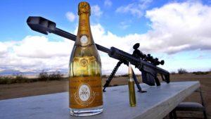 Bir keskin nişancı tüfeği ile bir şampanya şişe atmak için nasıl