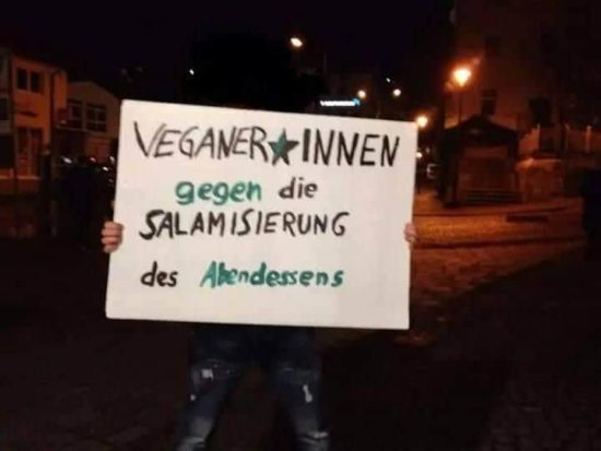 Vegans against the Salamisierung dinner