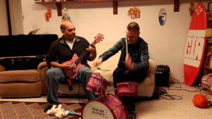 DBD: Slayer Mashup gespielt mit Kinderinstrumenten
