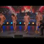 Nude crispbread dance