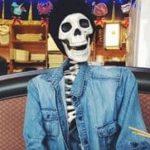 Skellie, das Skelett mit Instagram-Account