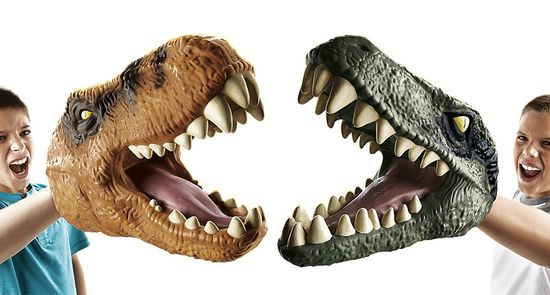 Jurassic World Gadgets: About Big Dino puppets from Hasbro