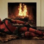 Ryan Reynolds shows us the official Deadpool Costume
