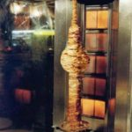 Berliner Fernsehturm aus Döner-Fleisch