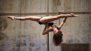 Pole Dance in Perfektion