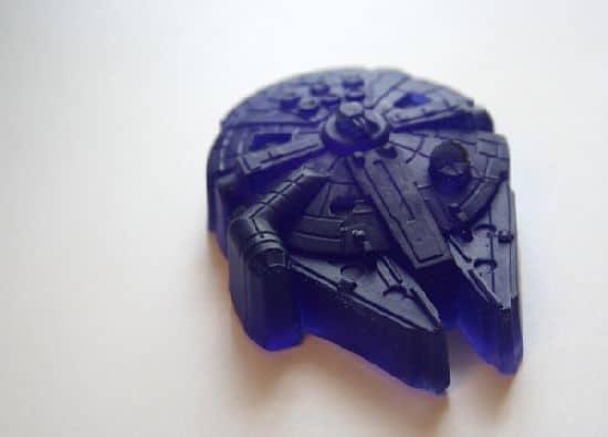 Millennium Falcon sabão