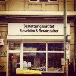 All inclusive: Veranstalter, Reisebüro & Bestatter