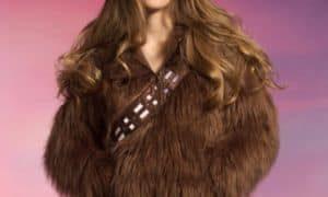 Flauschige Kapuzenjacke im Chewbacca-Look