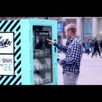 Kleding-machine geeft aan het lot achter een 2 euro shirt