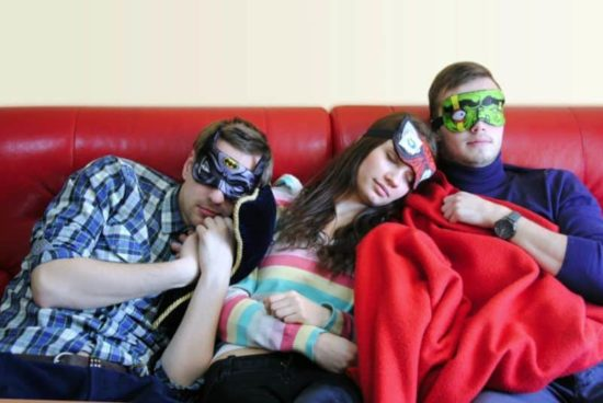 Heros nunca dorme! - A máscara de dormir diferente