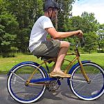 De Backwards Brain Bicycle of hoe ritten de fiets te keren
