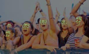 Policía escanean la cara de cada uno de 90'000 Los visitantes del festival
