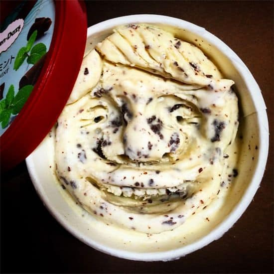Faces in Häagen-Dazs
