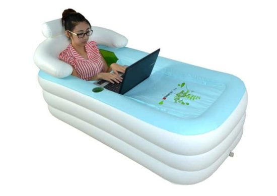 Inflatable Bathtub: in between for cooling