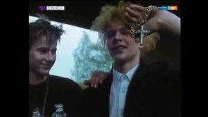 1990: Goths in the GDR celebrate Robert Smith's birthday